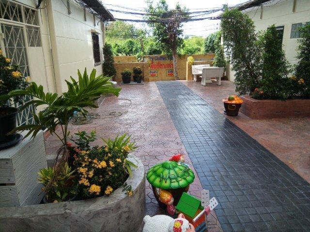Nirun photos-common area-Pool--Thailand 24-7.jpg